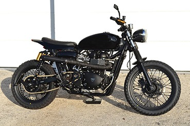 "TRIUMPH ""BLACKTRACKER"""
