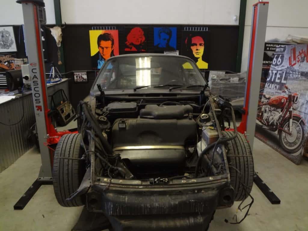 1990-Porsche-911-Carrera-4-966-Lord-Drake-Kustoms