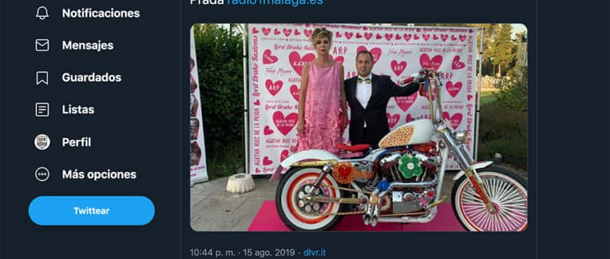 Twitter of Radio 1 Málaga about the Agatha Ruiz de la Prada motorcycle