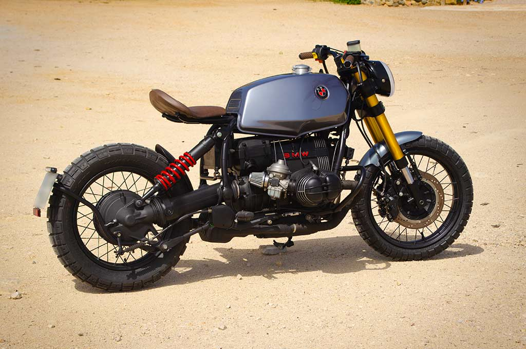 A left-to-right view of the BMW R100R Scrambler by Lord Drake Kustoms