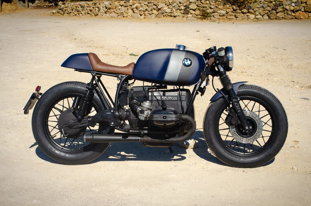 """BMW R65 Cafe Racer """"Blue"""" by Lord Drake Kustoms in a left-to-right view"""