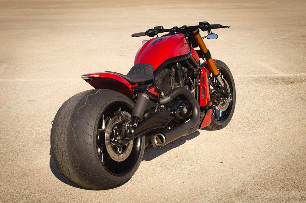 Harley VRod 360 back left-to-right view
