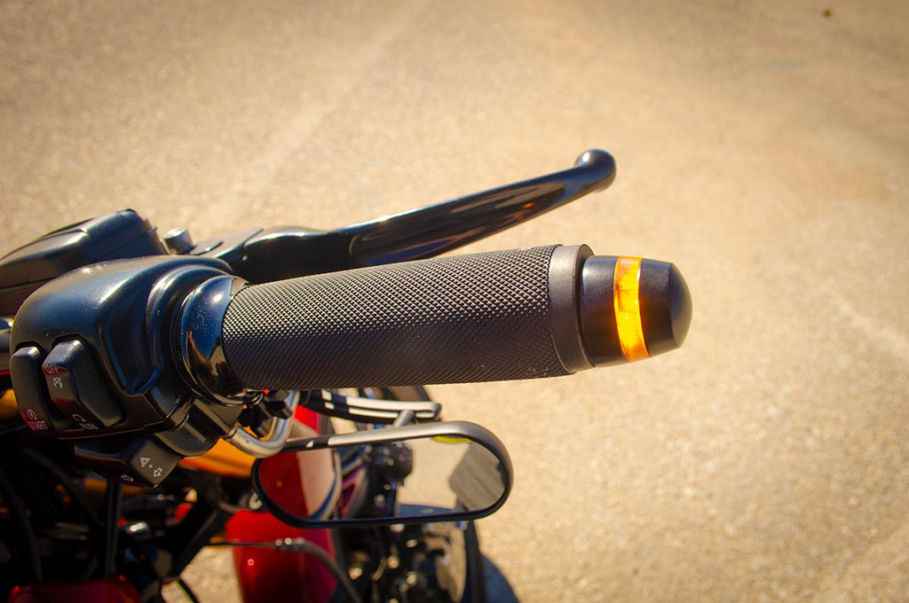 Grip with indicators detail of Vrod 360