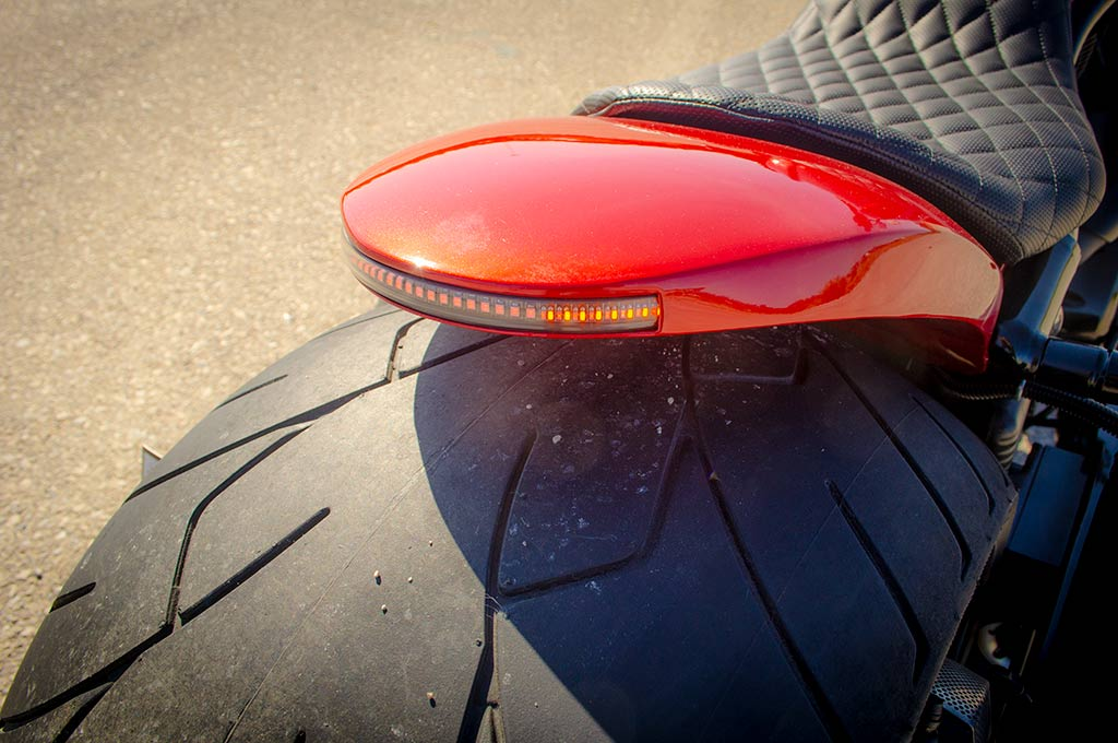 Rear fender with LED indicators detail of Vrod 360