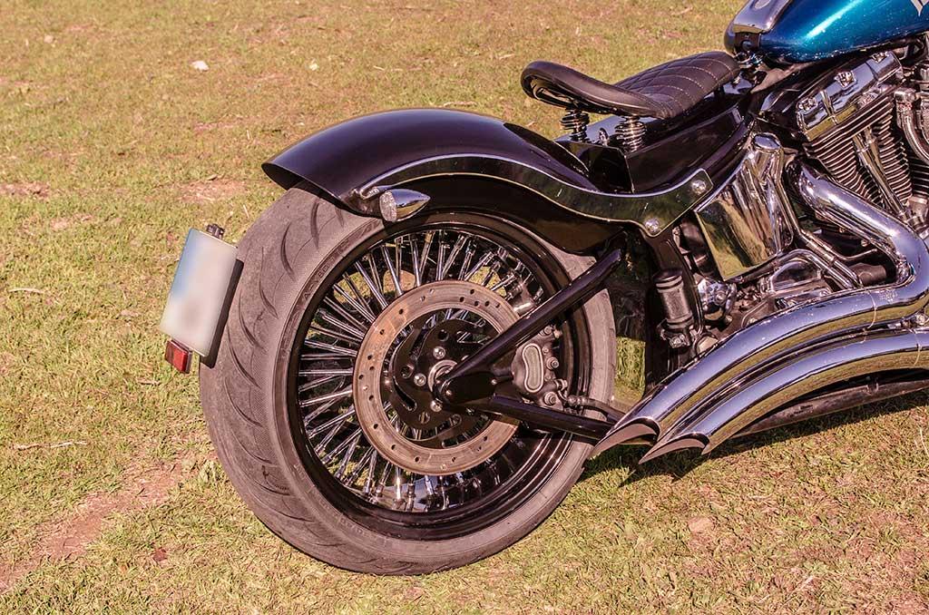Softail Deuce Bobber rear wheel