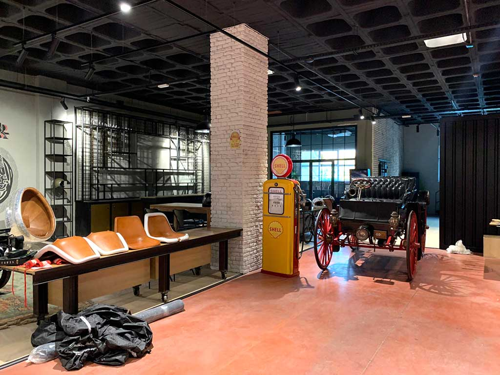 Decorative elements of the new LDK workshop in Madrid