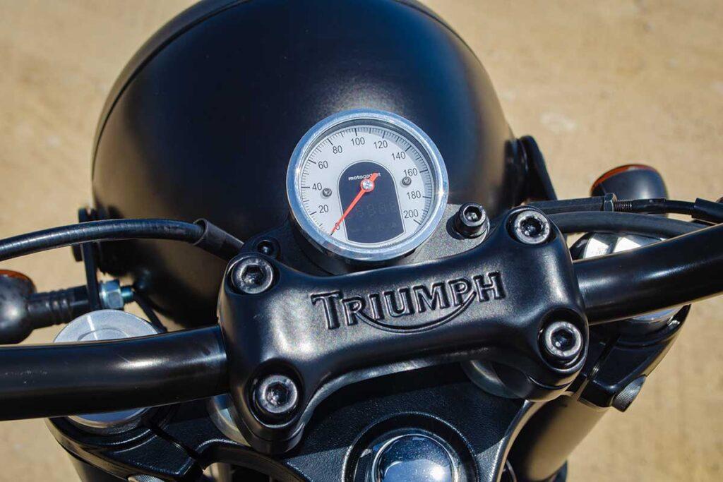 Triumph Scrambler Thruxton - Odometer detail
