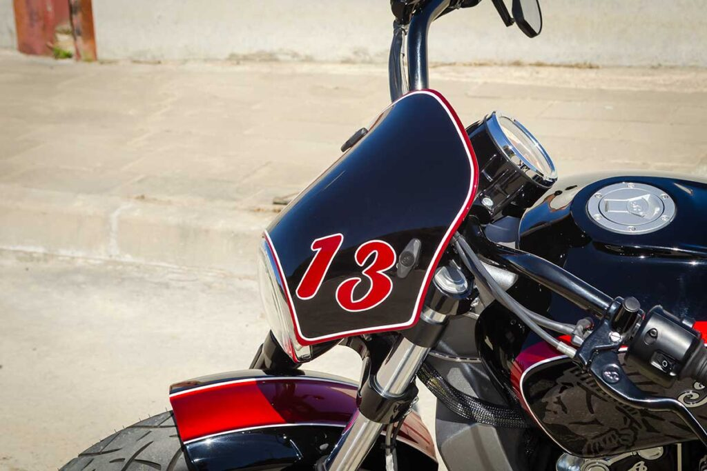 LDK Indian Scout Bobber dome detail