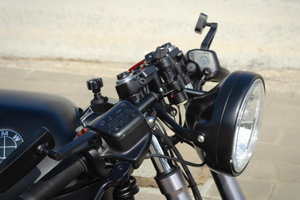 Front headlight detail